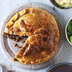 Steak Mushroom & Merlot Pie (6) N